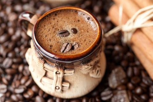 How does coffee help us burn more calories?