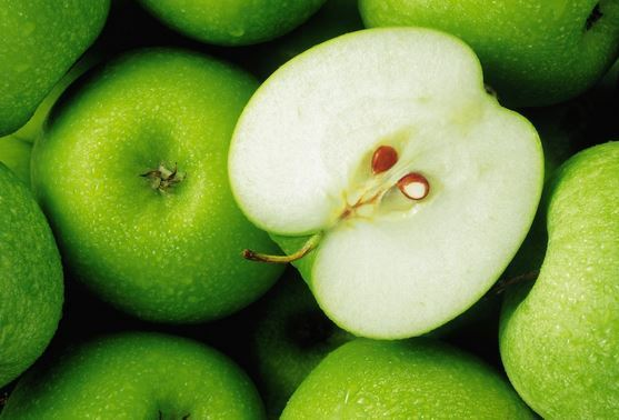 Discover the relation between apples and your eyes health