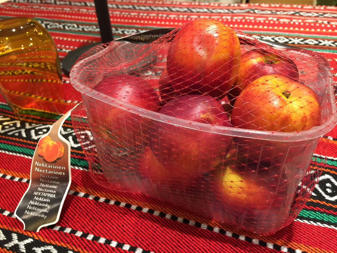 """""""PEACH GARDEN"""" Promotes Fresh Peaches in Kuwait for the 2nd consecutive Year"""