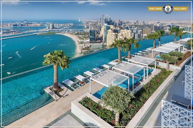 Facts about The infinity pool at Address Beach Resort in Dubai